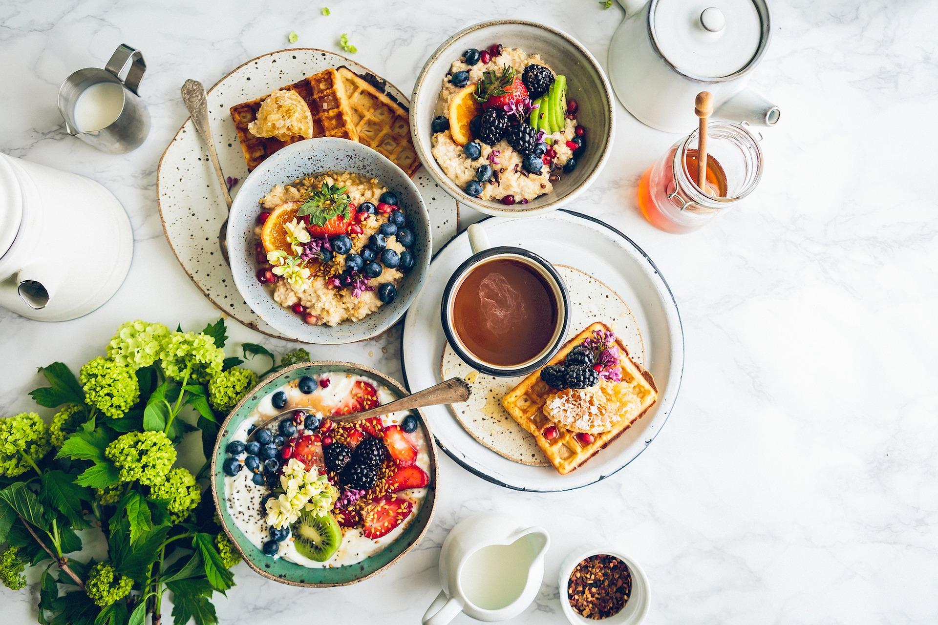 Quels aliments privilégier pour un petit-déjeuner équilibré ? - Le Soir