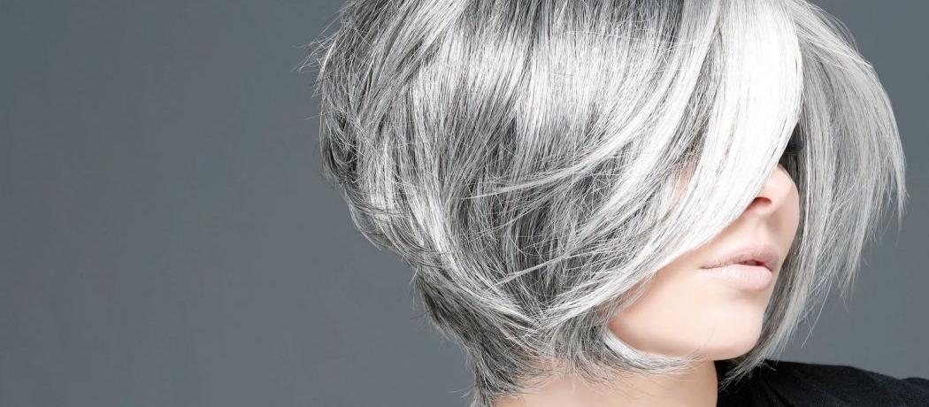 Cheveux gris nacre