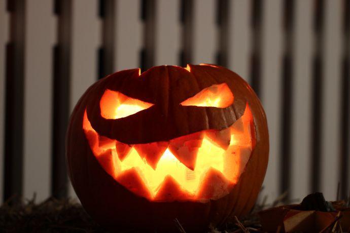 Pourquoi f te t on halloween le 31 octobre - Citrouille effrayante ...