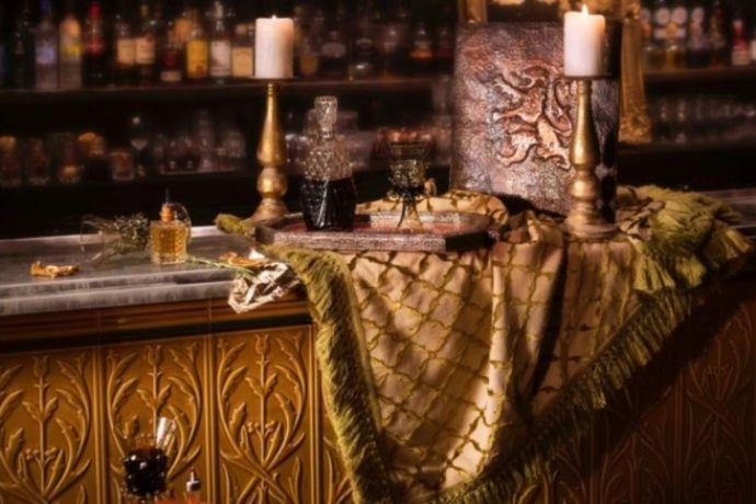 6 trônes sont cachés dans le monde entier — Game Of Thrones