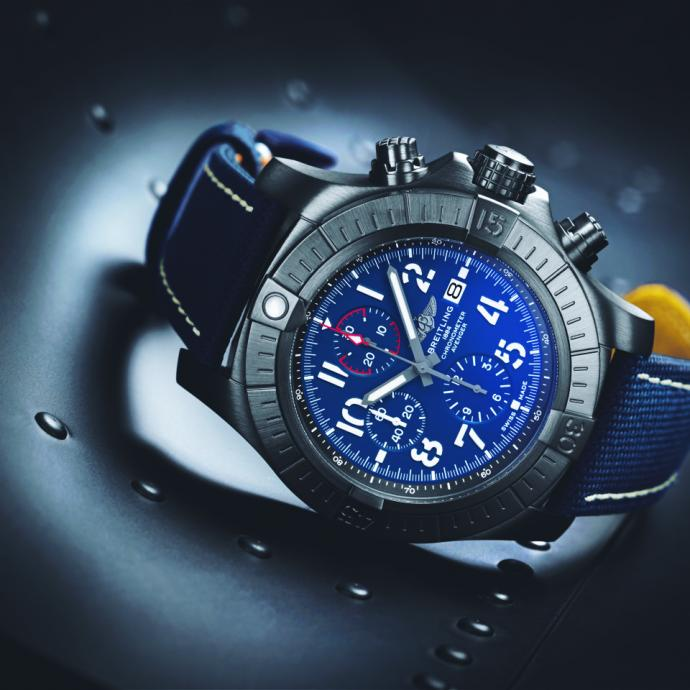 Montre Super Avenger Chronographe Night Mission