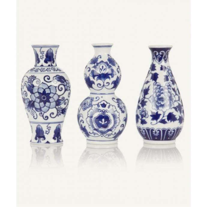"Un lot de 3 vases &amp; Klevering, 29,95 euros, &agrave; shopper <a href=""https://www.debijenkorf.be/"" target=""_blank"">ici</a>.&nbsp;&nbsp;"