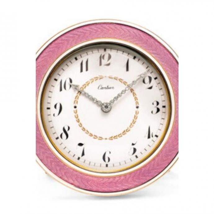 Horloge Belle Epoque en émail et diamants, Cartier // Estimation : entre 37 000 et 57 000 dollars.