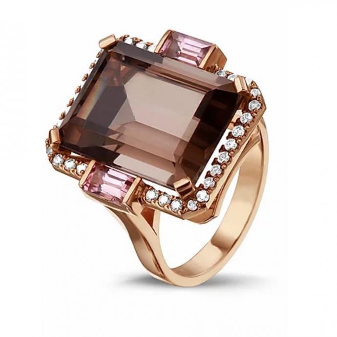 """Un pr&eacute;cieux bijoux, Bergman Jewels, <a href=""""https://www.bergmanjewels.com/product-page/sinclair"""" target=""""_blank"""">disponible ici</a>&nbsp;a partir de 2500 euros.&nbsp;"""