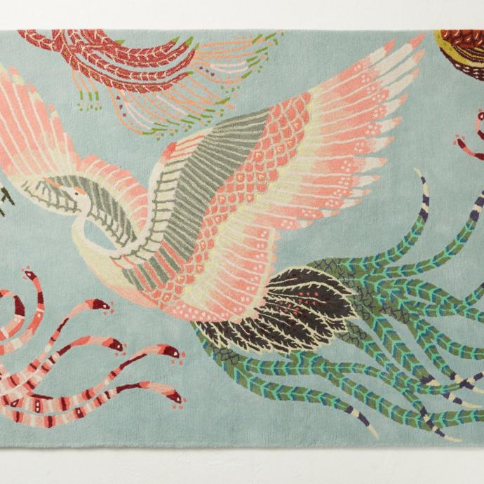 """Un esprit baroque et naturaliste, c'est le traitement moderne et romantique de l'imprimé. En mode néorococo. Aves tufté, en laine et viscose.  Anthropologie. Apd 650€ pour le format 122 x 183 cm. <a href=""""http://www.anthropologie.com"""">www.anthropologie.com</a>"""