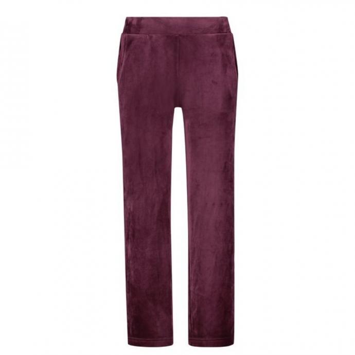 <em>Pantalon en velours, Hunkemoller, 27,99 &euro;.&nbsp;</em><br />&nbsp;