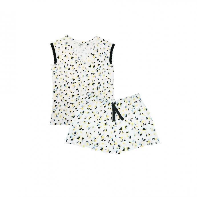 "Un pyjama &agrave; motifs Eskimo, 19,95 euros, &agrave; shopper <a href=""https://shop.eskimo.be/fr-be/"" target=""_blank"">ici.</a>"
