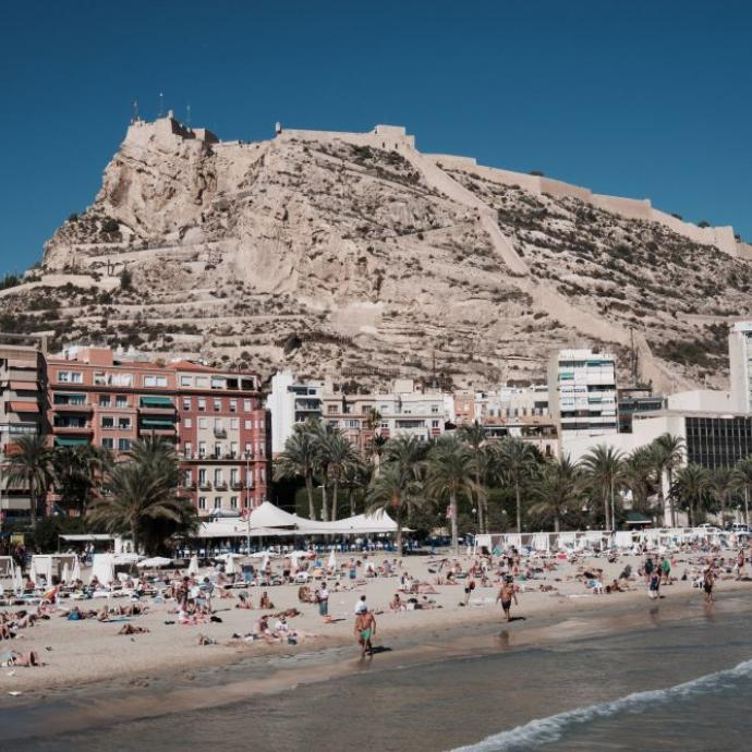 2. Alicante<br />Cr&eacute;dit: unsplash/cal weaver