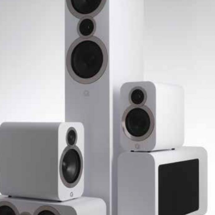 Q Acoustics a renouvelé sa gamme d'enceintes 3000, déjà très qualitative, avec la nouvelle série 3000i. La marque fait encore mieux cette fois-ci, notamment avec des haut-parleurs inédits et un soin tout particulier apporté à l'ébénisterie.