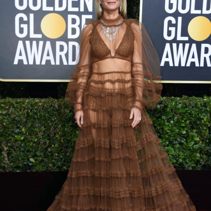 L'actrice américaine en a ébloui plus d'un grâce à sa robe fluide toute en transparence Fendi, des chaussures Louboutin et une parure de bijoux Bvlgari.