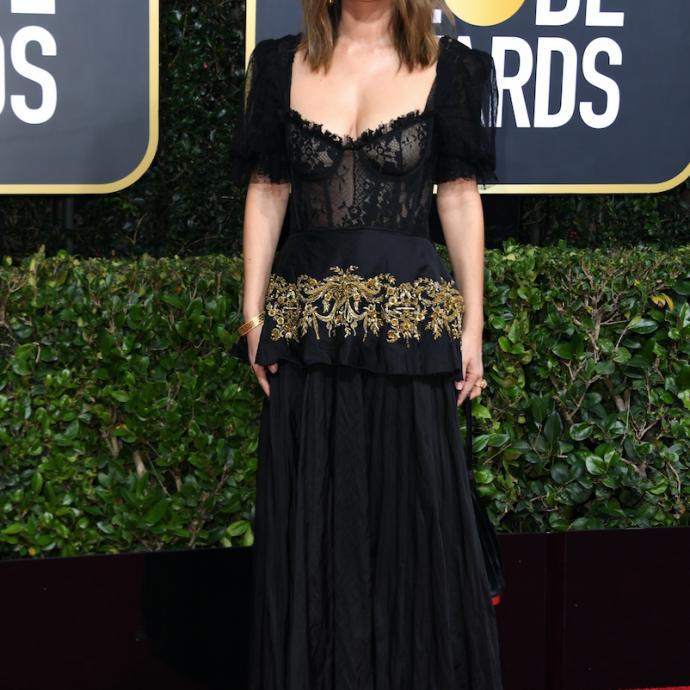 L'actrice américaine Rachel Bilson portait une robe noire et des chaussures Jimmy Choo. Elle est apparue au bras de Bill Hader, avec qui elle entretient visiblement une relation depuis quelques semaines.
