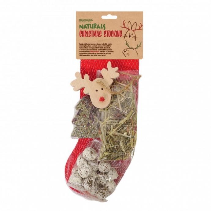 Faites plaisir aux papilles de votre rongeur ou de votre lapin avec une chaussette de friandises d'humeur festive. Cette chaussette contient un arbre sans céréales, des boules de neige croustillantes, d'herbes de Noël et un renne en bois à ronger.