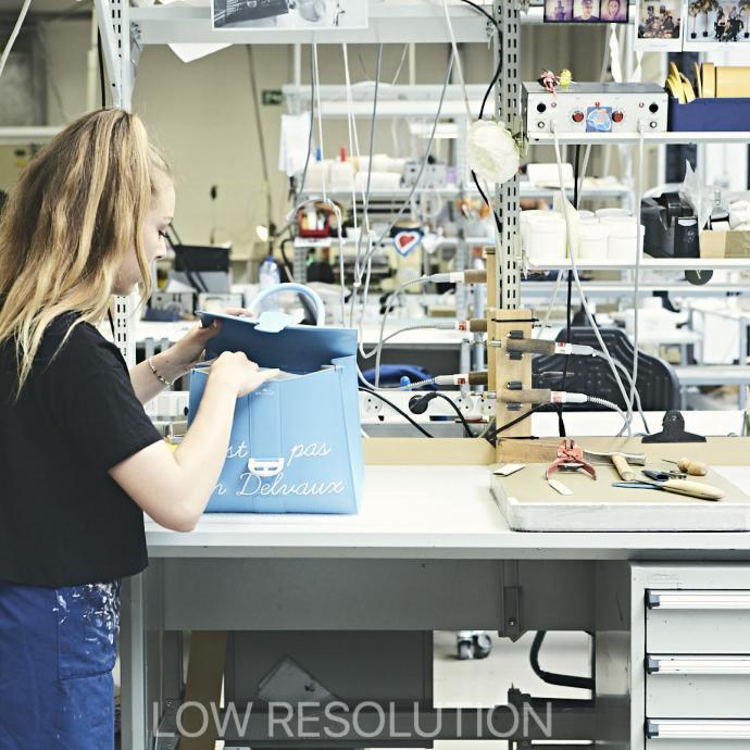 C'est dans l'atelier bruxellois de la marque que tout est confectionné.