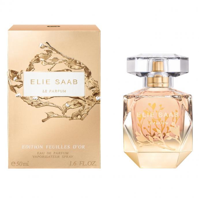 En tête, une fleur d'oranger solaire et lumineuse, suivie d'un coeur à l'absolu de jasmin associé à un coeur de patchouli qui laisse ensuite la place à un accord boisé de cèdre et du miel de rose pour un sillage sensuel.
