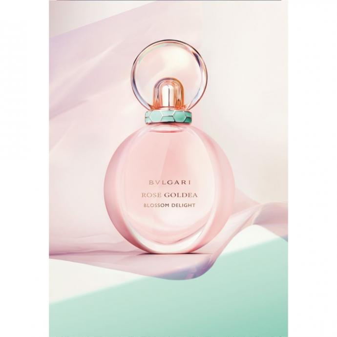 """Un parfum &agrave; la rose, Rose Goldea Blossom Delight, BVLGARI, 91 &euro; pour 50 ml. <a href=""""https://www.bulgari.com/fr-fr/40470.html"""" target=""""_blank"""">Disponible ici.</a>"""