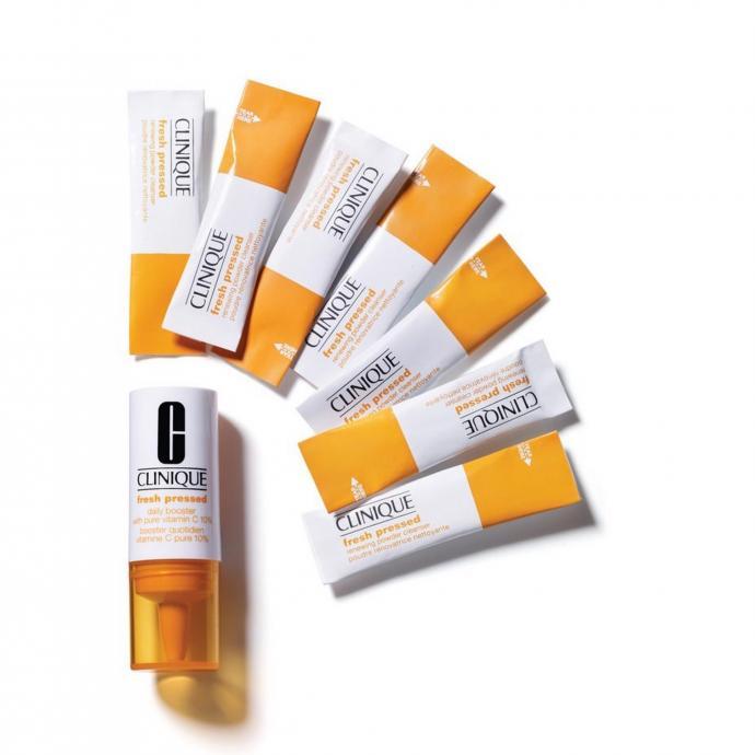7 jours de vitamine C à ajouter à la crème de jour Clinique adaptée à votre peau pour en booster l'éclat. Fresh Pressed, 7 Days System, Daily Booster, Clinique, 24,50€.