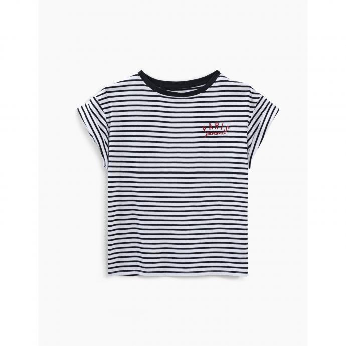 "Tee-shirt marinière en coton broderie, IKKS, 60 €. <a href=""https://www.ikks.com/fr/tee-shirt-mariniere-en-coton-broderie-paris-femme/BT10075-11.html"" target=""_blank"">À shopper ici.</a>"