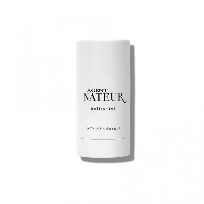"""Le d&eacute;odorant en stick Agent Nateur, 20 &euro;. Disponible <a href=""""https://www.lynnsapothecary.com/products/holi-stick-n3-deodorant"""" target=""""_blank"""">ici</a>."""