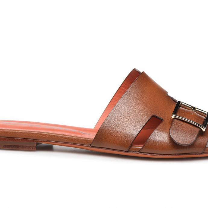Sandale en cuir cognac, Santoni, 480€.