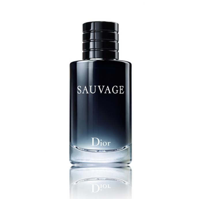 François Demachy, parfumeur chez Dior, a voulu une explosion de fraîcheur dans un paysage de désert minéral. Le résultat : un jus qui s'ouvre sur de la bergamote et un sillage intensément boisé grâce à l'ambroxan, issu de l'ambre gris. Un masculin sauvage, comme son nom l'indique.