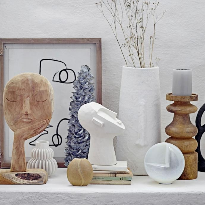 "Statue d&eacute;corative, 43,50&euro;.&nbsp;<em>Disponible <a href=""https://www.fleux.com/statue-decorative-blanc.html"" target=""_blank"">ici</a>.</em>"