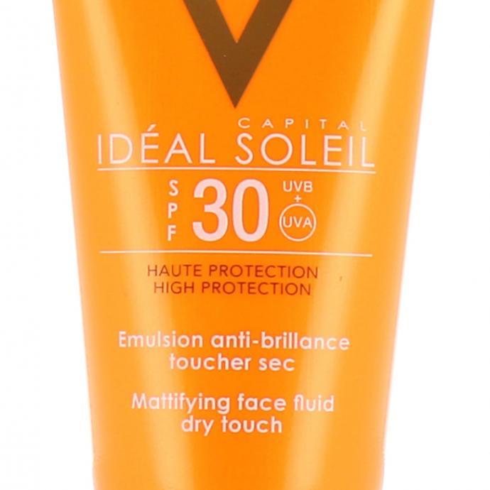 Ideal Soleil Emulsion anti-brillance toucher sec, SPF30, 23,50€.