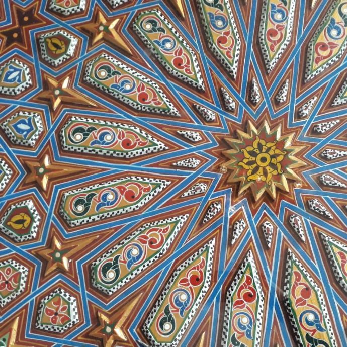 Un bas relief typique de l'art marocain