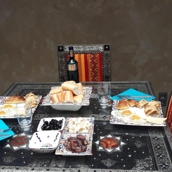 Un petit-déjuener typiquement marocain