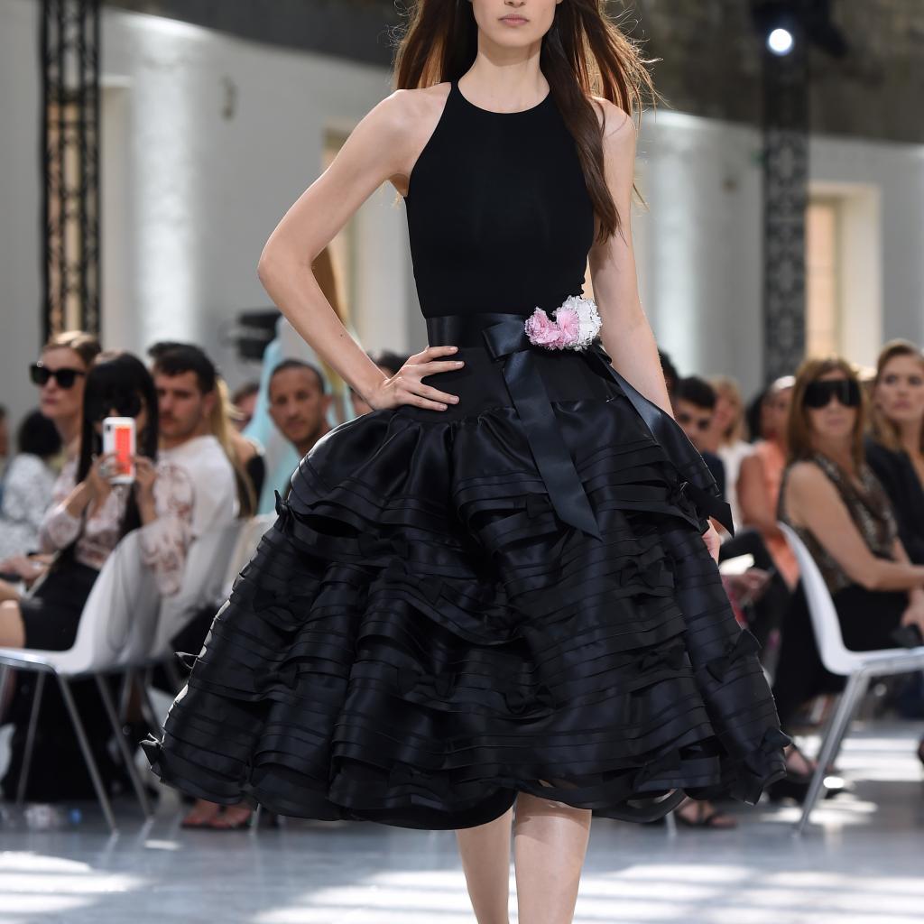 La robe bohème chic d'Alexandre Vauthier. Haute couture automne-hiver 2019-2020, Paris, le 2 juillet 2019.©Lucas BARIOULET / AFP