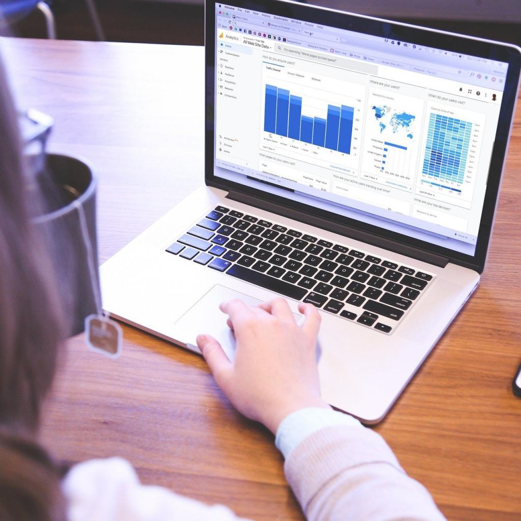 Tolérance au stress : 64 -Salaire annuel moyen : 97 170 $ -Le statisticien développe et applique des théories et des méthodes mathématiques ou statistiques pour recueillir, organiser, interpréter et résumer les données numériques afin de fournir des informations utilisables.<sub><em>Crédit photo : Pixabay/Tumisu</em></sub>