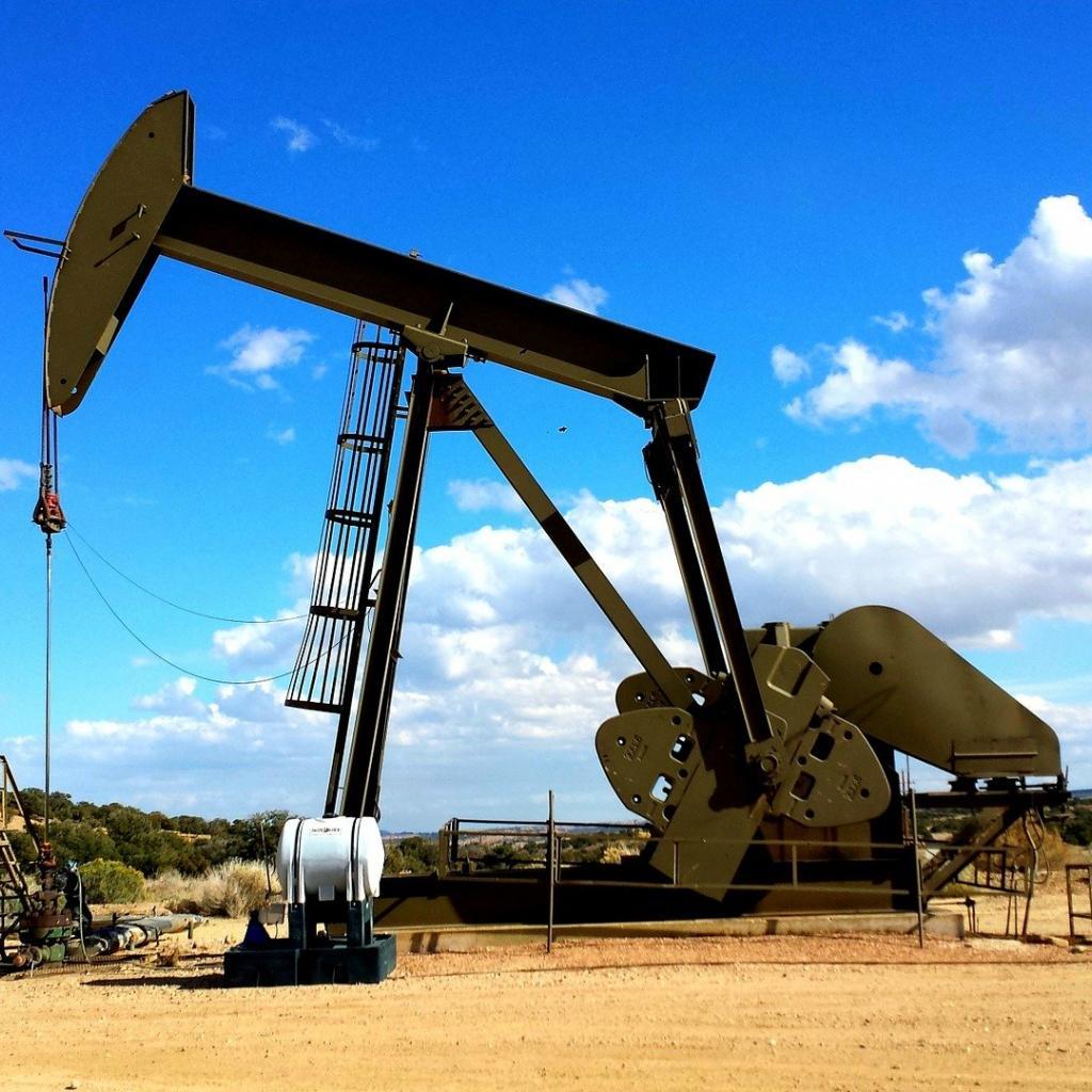 Tolérance au stress : 68 -Salaire annuel moyen : 154 330 $ -L'ingénieur pétrolier conçoit des méthodes pour améliorer l'extraction et la production de pétrole et de gaz et déterminer la nécessité de conceptions d'outils nouveaux ou modifiés.<sub><em>Crédit photo : Pixabay/Jp26jp</em></sub>