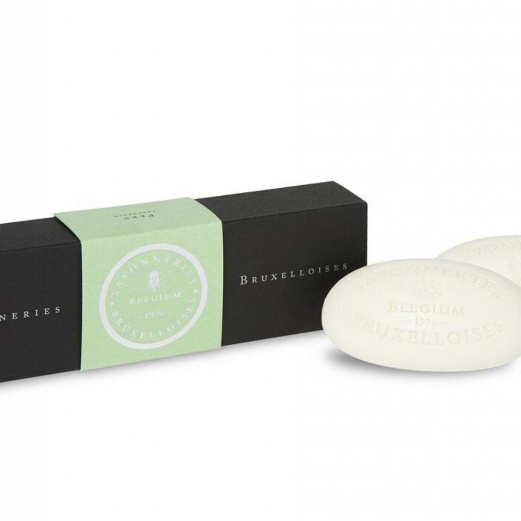 Un savon solide aux vertus curatives et à l'effet de fermeté, Les savonneries Bruxelloises, 15 € chez Senteurs d'Ailleurs.