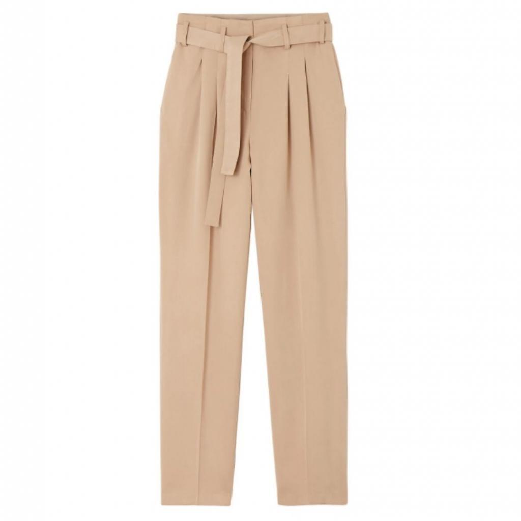 "Pantalon fluide taille haute en lyocell, La Redoute Collections, 49,99 €, <em>à shopper <a href=""https://www.laredoute.fr/ppdp/prod-537941460.aspx#searchkeyword=lyocell&amp;shoppingtool=search"" target=""_blank"">ici.</a></em>"