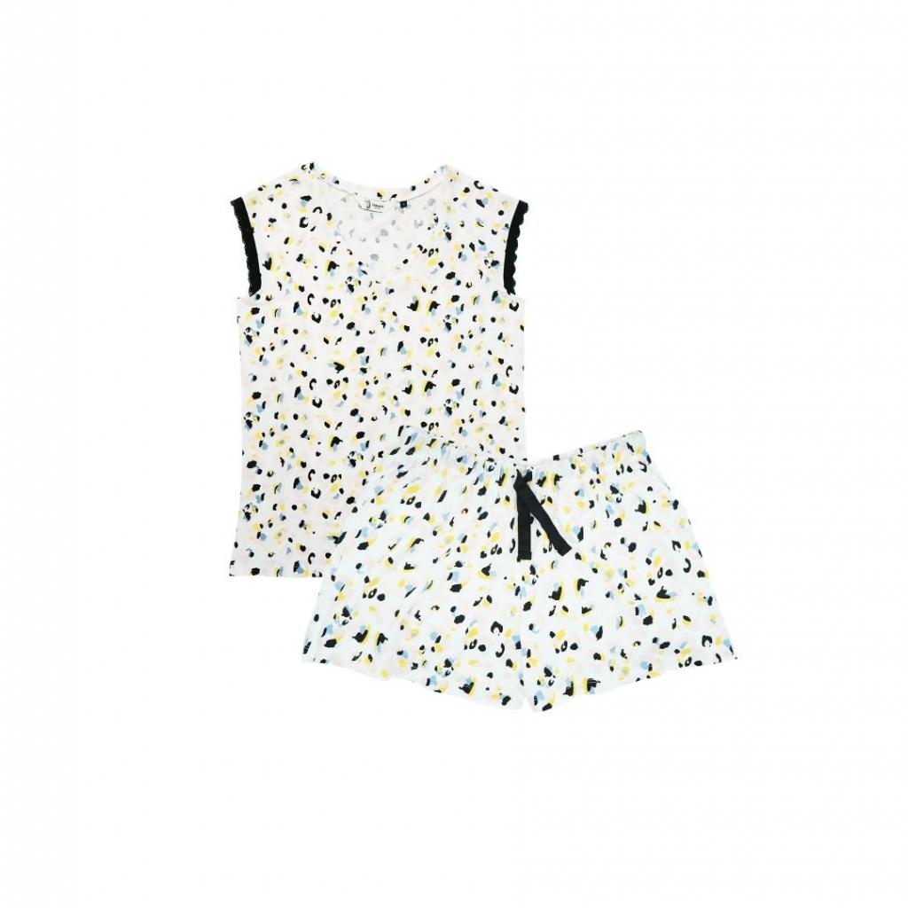 "Un pyjama à motifs Eskimo, 19,95 euros, à shopper <a href=""https://shop.eskimo.be/fr-be/"" target=""_blank"">ici.</a>"