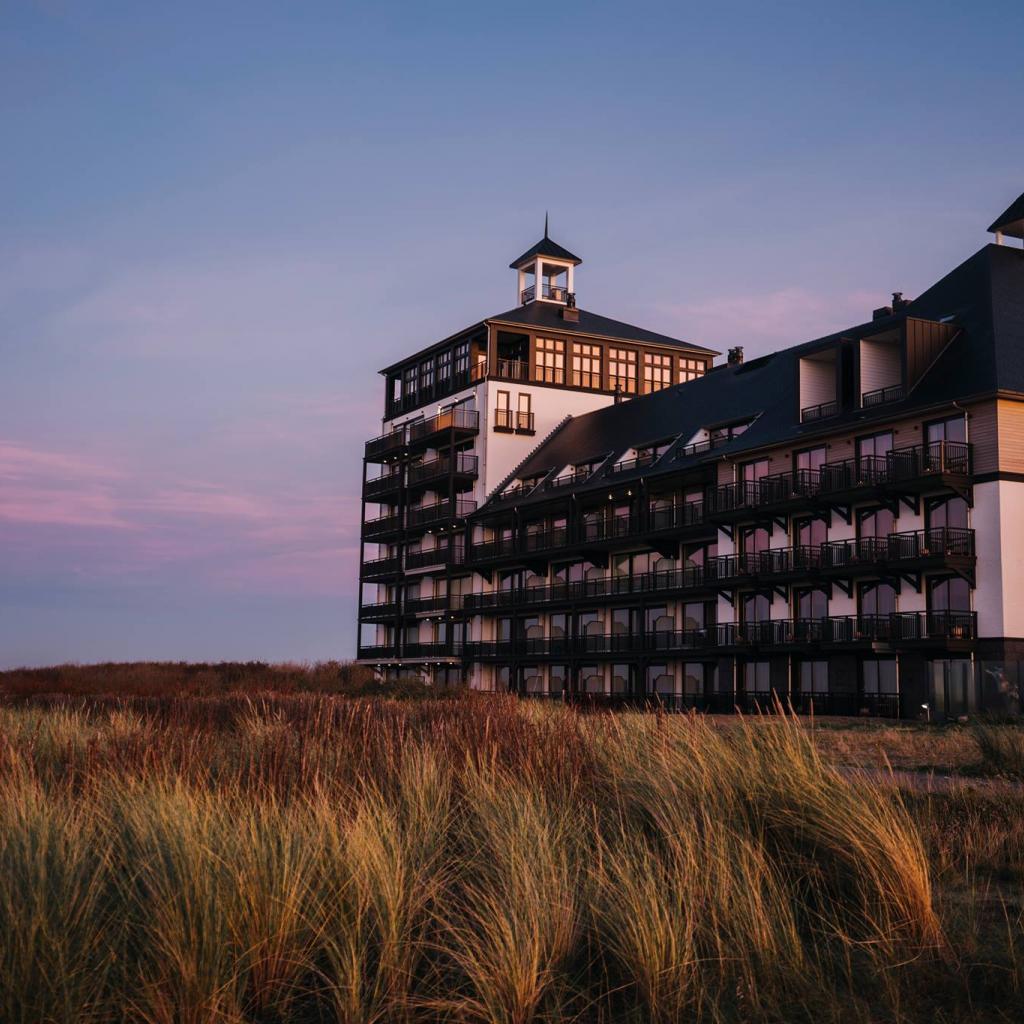 Le Strandhotel, erige dans les dunes.