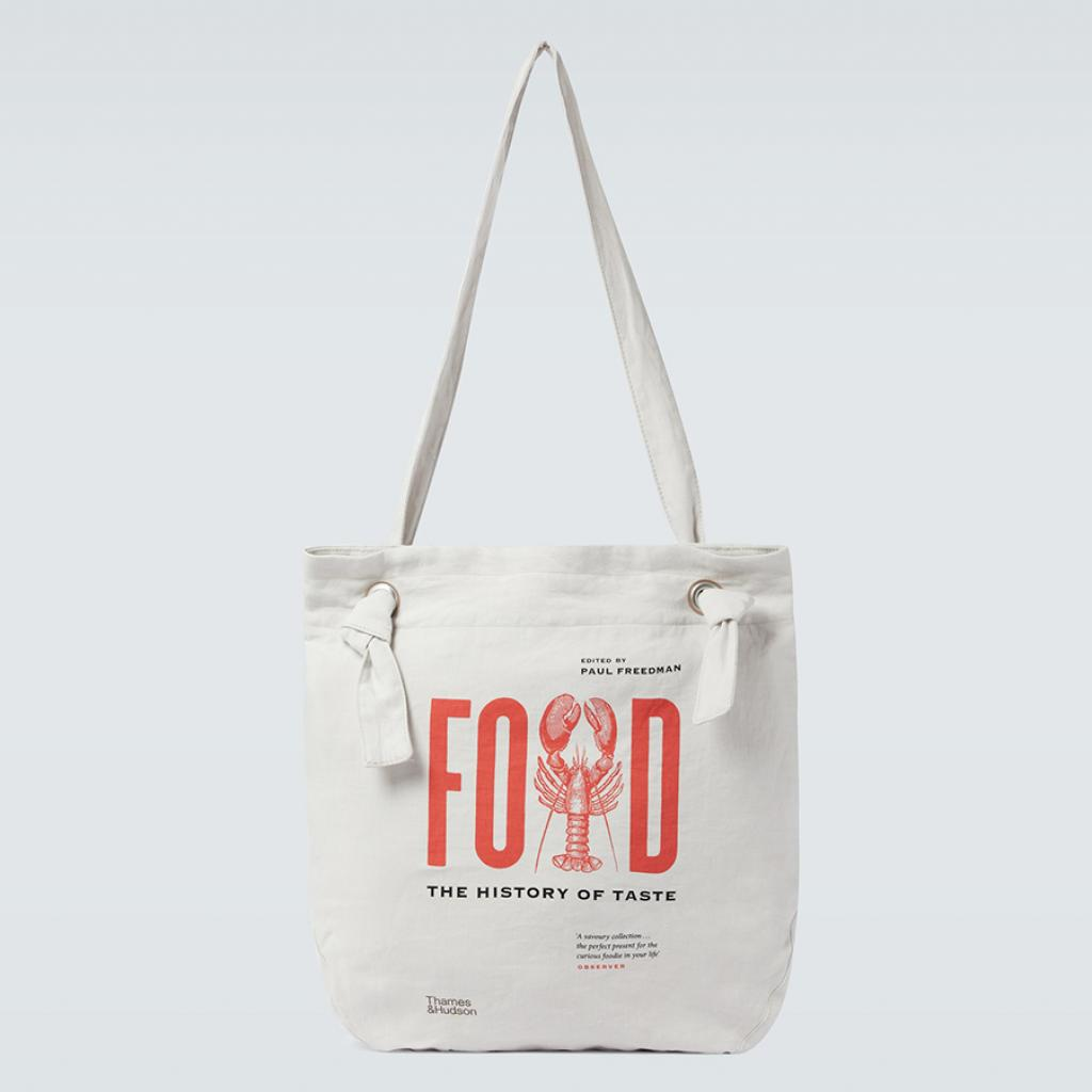 Cool, masculin et arty. Cabas Food, the History of Taste Junya Watanabe, 250 €
