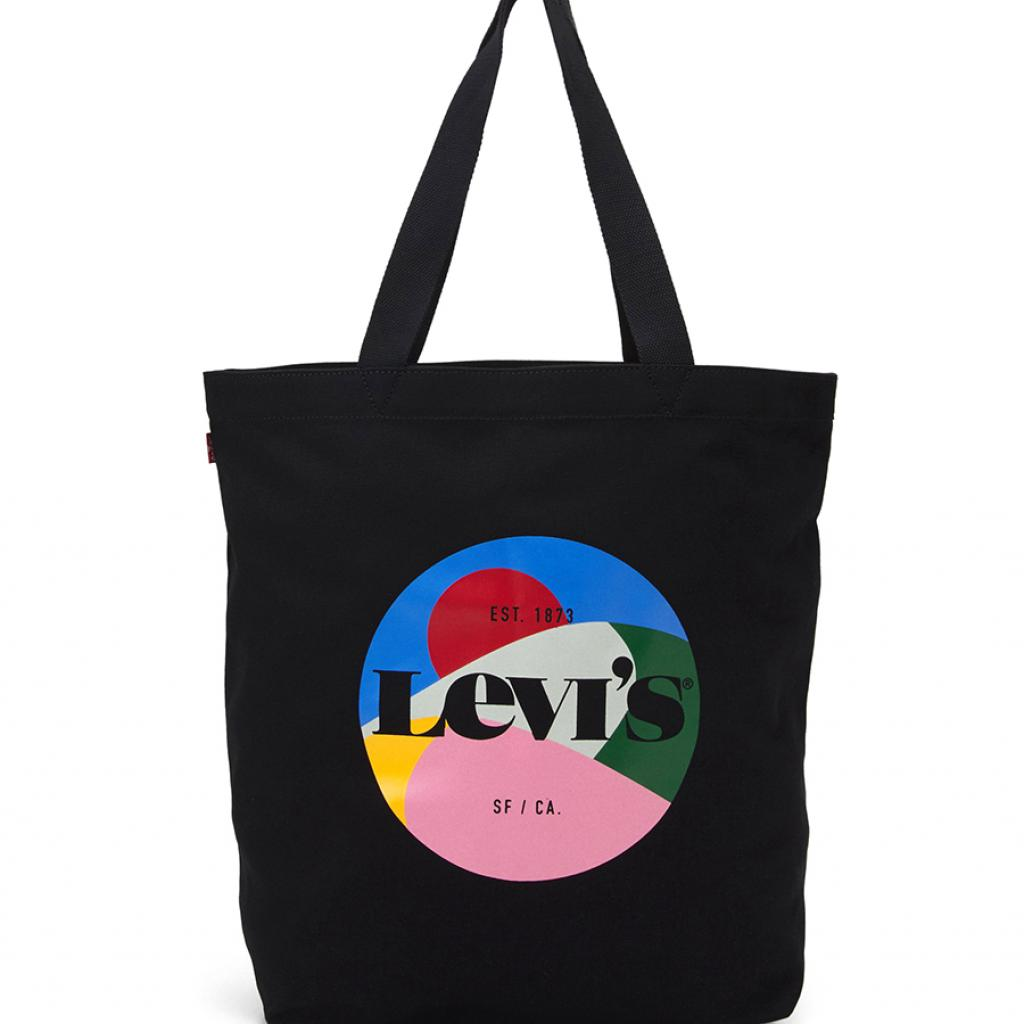 Le cabas inspiré des modèles publicitaires. Levi's, 24,95 €