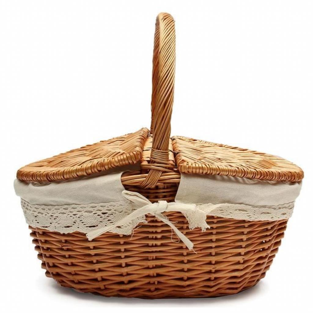 <em> A wicker picnic basket; € 19.92; accessible <a href =