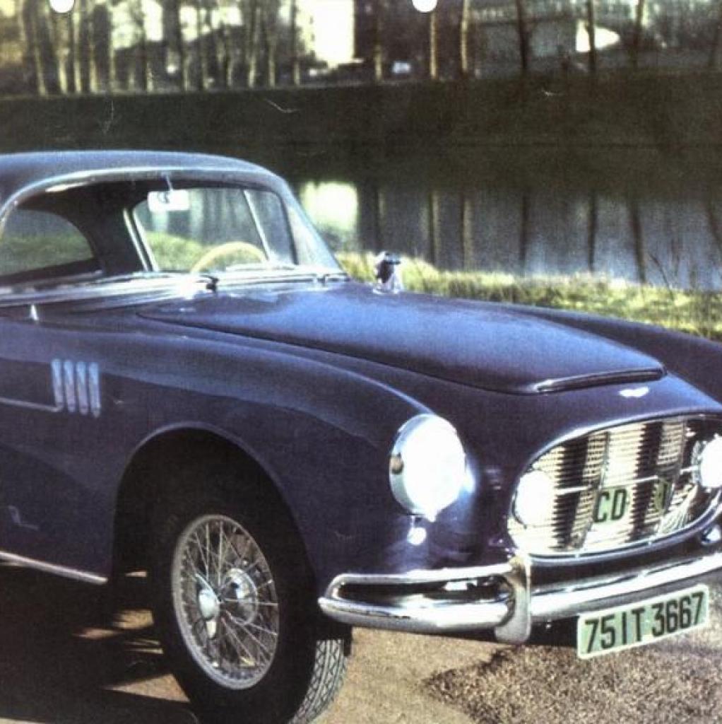 Le Roi baudoin possédait deuxAston Martin DB2/4, dont ce très rare exemplaire à carrosserie Vignale.