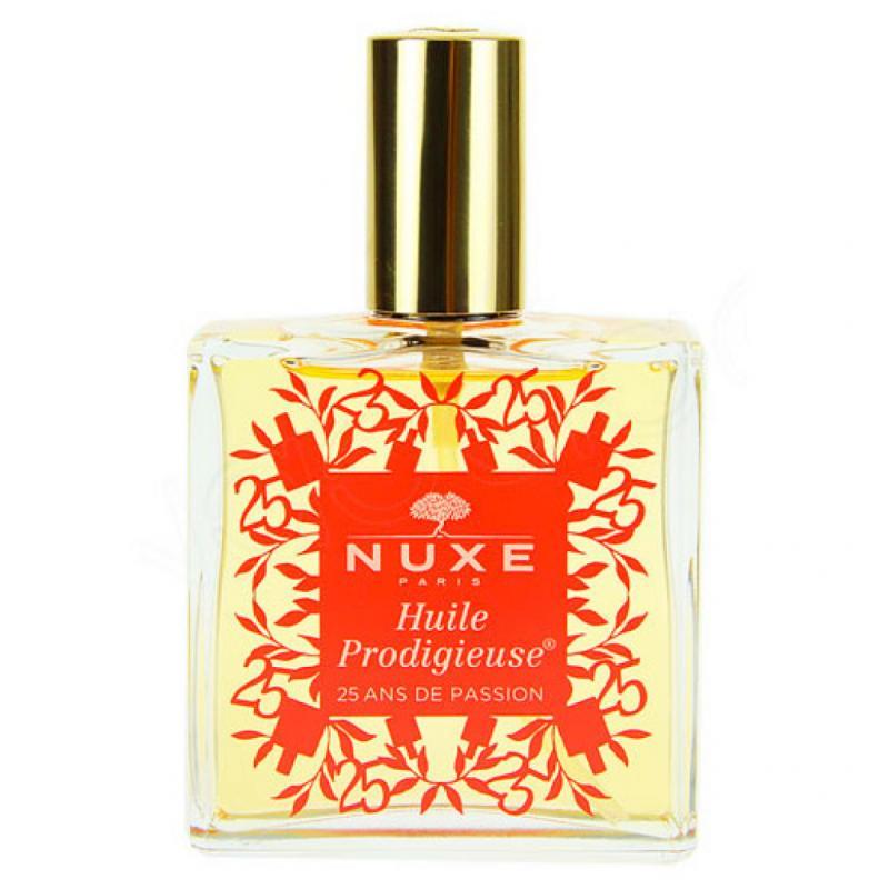 Cultissime depuis 25ans, l'Huile Prodigieuse Nuxe se réinvente en s'enrichissant d'un actif précieux, nourrissant et anti-âge: l'huile de Tsubaki. Editions Anniversaire, 32€ les 100ml.