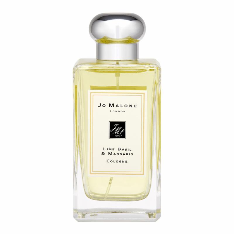 Les colognes de Jo Malone sont un concept ludique de la parfumerie. La plupart les portent en solo pour un jus sobre et frais, d'autres les mélangent, les mixent pour leur donner du relief.