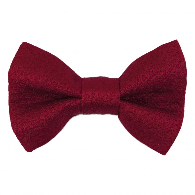 "Nœud papillon Classic Red, Emunds, 49, 90 €, <a href=""http://www.edmunds.be"">www.edmunds.be</a>"