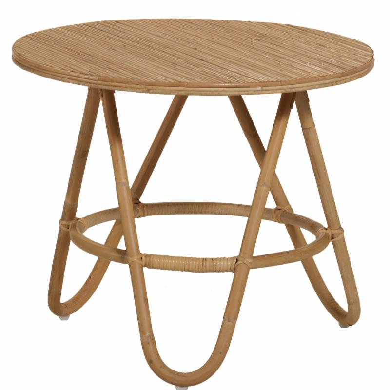 "Diabolo, table d'appoint en rotin (diamètre: 50cm), 135€. Kok Maison. <a href=""http://www.kokmaison.com"">www.kokmaison.com</a>."