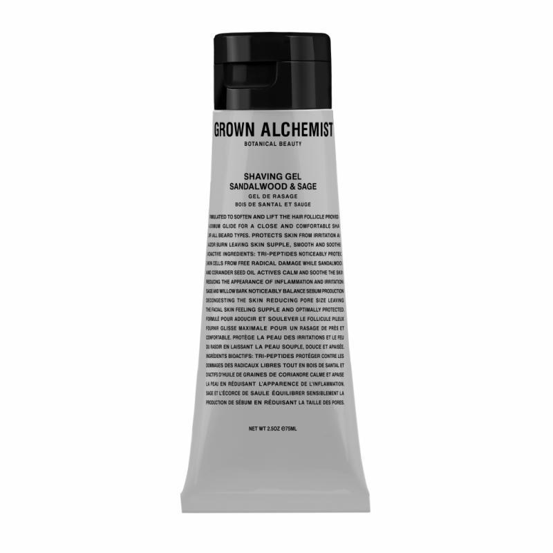 Formulé par Grown Alchemist, le Shaving Gel Sandalwood and Sage soulève le follicule pileux pour un rasage plus précis, équilibre la production de sébum et réduit la taille des pores. 29 €