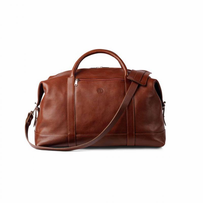 Portefeuilles, ceintures, sacs… le cuir est au coeur du travail de Conor Holden depuis bientôt 30 ans. Des objets luxueux que l'on a envie de toucher, sentir… acquérir au premier coup d'œil.