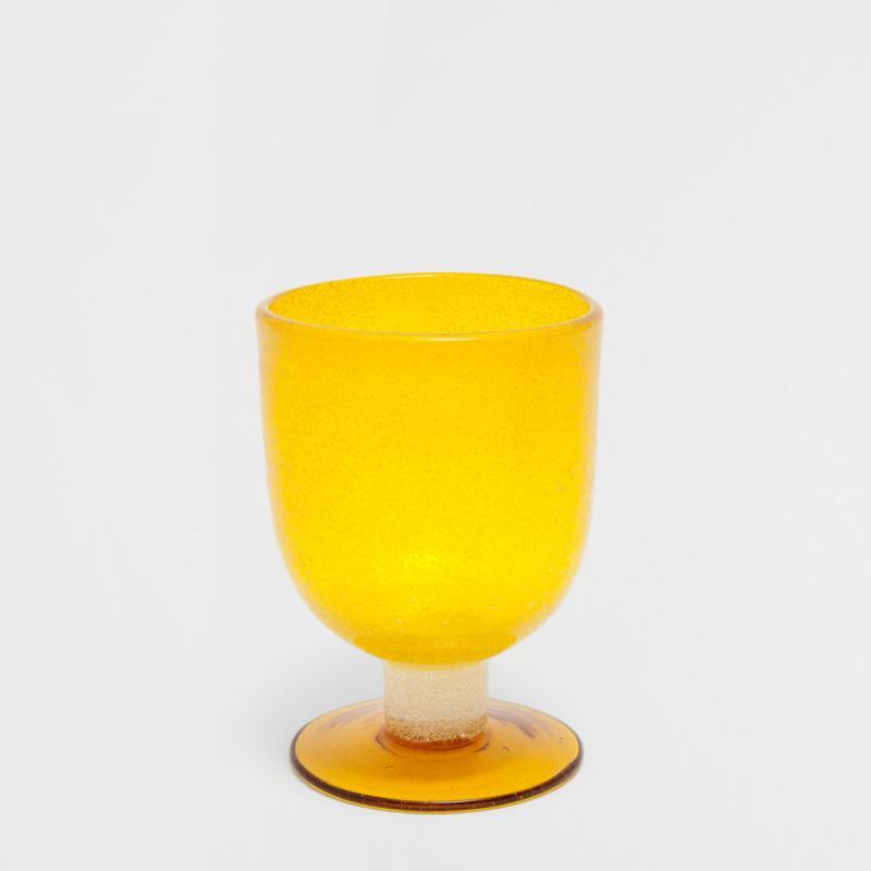 """Verres bulles, 3,99€ et 4,99€. Zara Home. <a href=""""http://www.zarahome.com"""">www.zarahome.com</a>."""