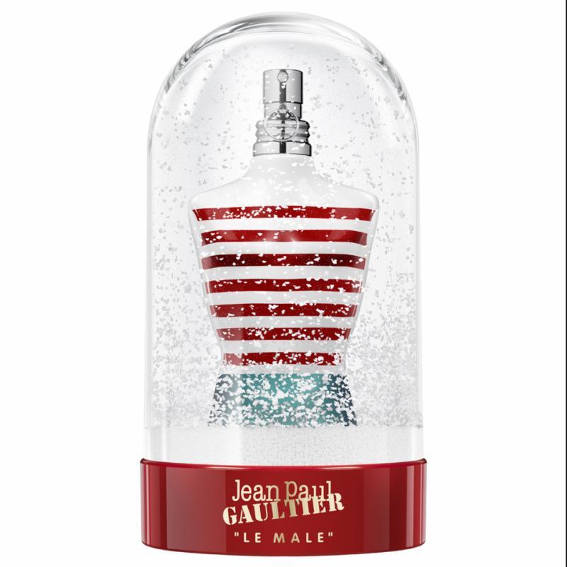 On connaît Le Mâle de Jean Paul Gaultier, avec ses accords de menthe, de lavande et de vanille épicée. Mais quand il s'enferme dans une boule à neige pour les fêtes, cela devient un objet d'art, à offrir.