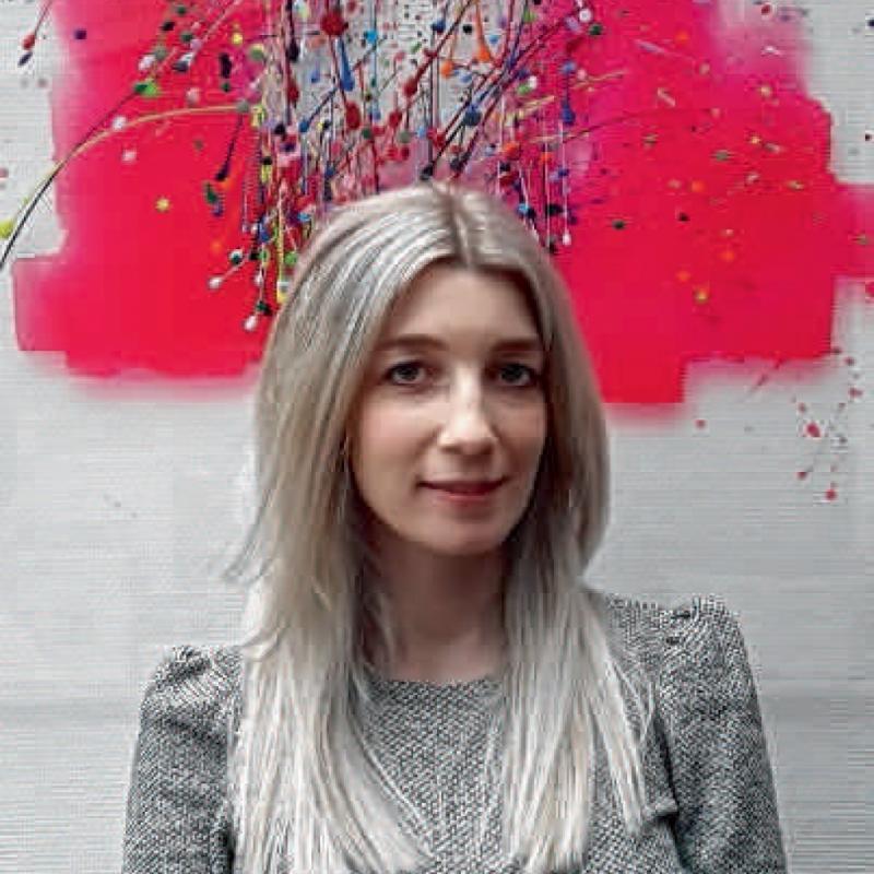 Justine God, Liégoise, ingénieure de gestion de formation et créatrice du label Imprévu.