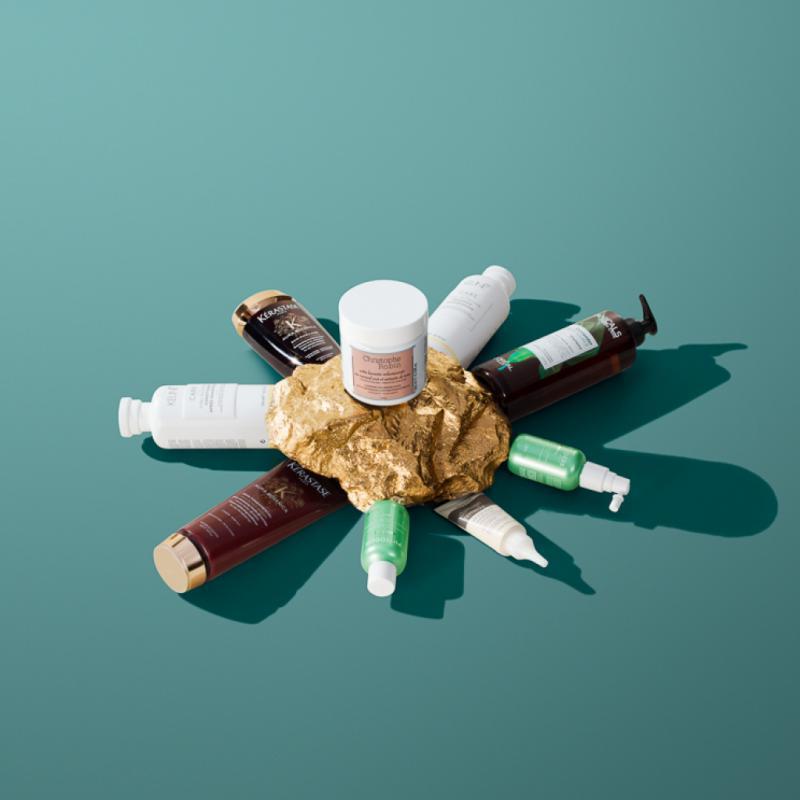 Le favori : Pâte lavante volumisante au rassoul pur et extrait de rose, Christophe Robin, 39€. Au contact de l'eau, elle se transforme en mousse légère pour un cheveu aéré, repulpé. Le jury a aimé sa formule, son parfum et son effet boostant. Le jury a aussi aimé : Shampooing Coriander Strenght, Botanicals, L'Oréal Paris, 9,99€. Un shampooing au parfum doux,une formulation écoresponsable et un packaging 100% recyclable.