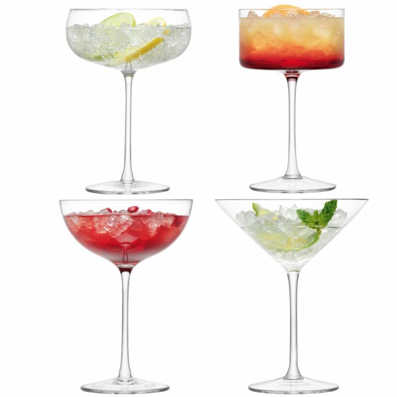 """Set de 4 verres Lulu par Black by Design, 40 €, <a href=""""http://www.black-by-design.co.uk"""">www.black-by-design.co.uk</a>"""
